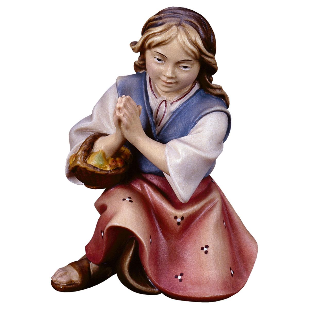 Mädchen kniend und betend
