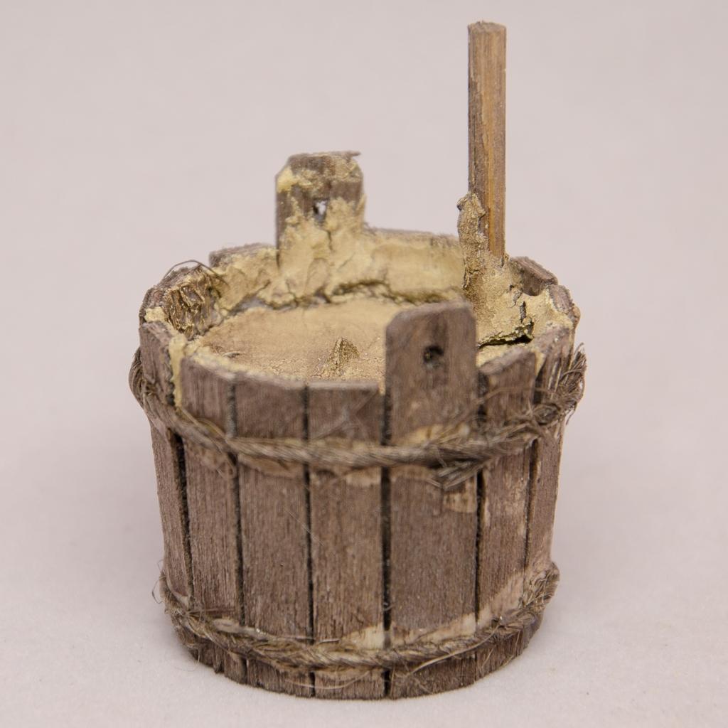 Holzzuber mit Stampfer