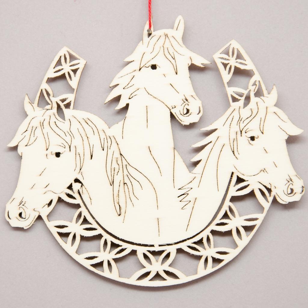 Pferde in Hufeisen