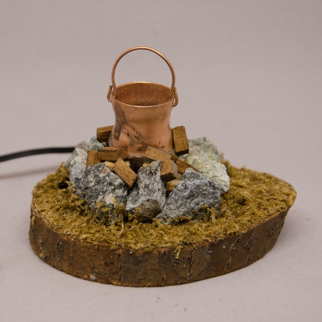 Lagerfeuer mit Kupferkessel