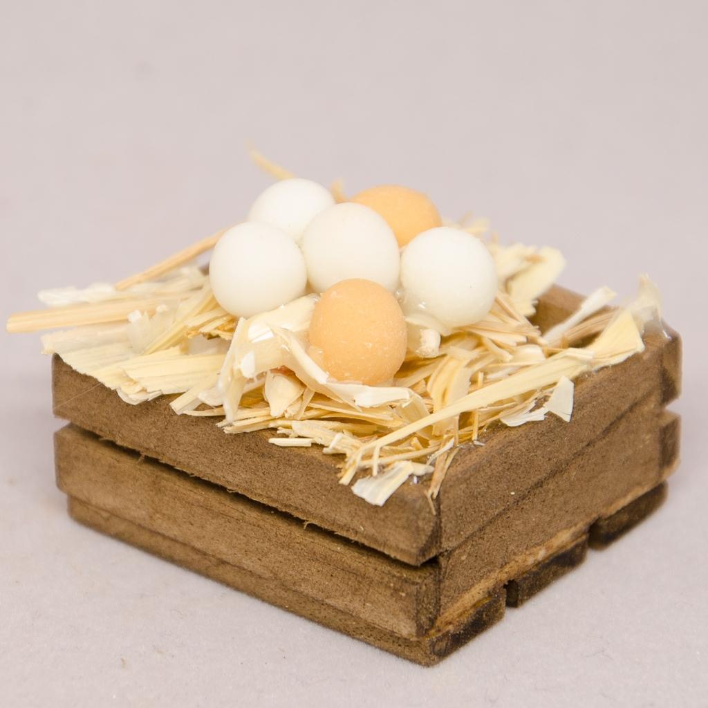 Holzschütte mit Eier